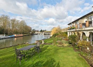 Thumbnail 2 bed flat for sale in Brunstan Court, Hampton Court Road, East Molesey, Surrey