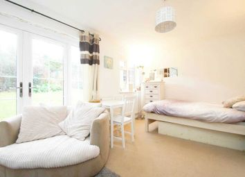 Thumbnail 1 bedroom maisonette for sale in Russell Place, Hemel Hempstead