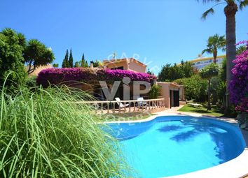 Thumbnail 4 bed villa for sale in Albufeira, Albufeira E Olhos De Água, Albufeira Algarve