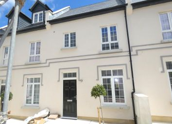 2 bed terraced house to rent in West Cliff Road, Ramsgate CT11