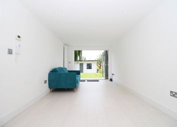 Thumbnail 4 bed flat to rent in Woodstock Avenue, Golders Green