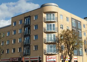 Thumbnail 2 bed flat to rent in Coombe Road, Brighton