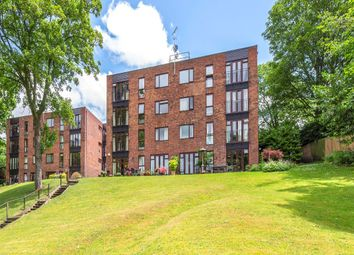 Thumbnail 3 bed flat for sale in Mallards Reach, Weybridge