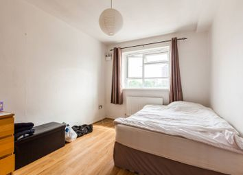 Thumbnail 3 bed flat for sale in Cranston Estate, Hoxton