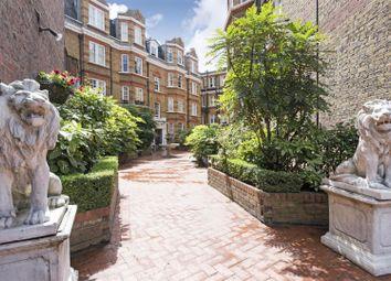 Thumbnail 3 bed flat to rent in Kensington Church Street, London