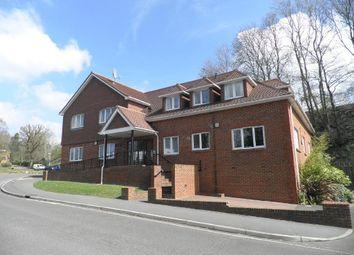 Thumbnail 2 bed flat to rent in Balcombe Road, Haywards Heath