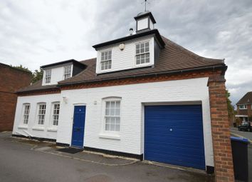 Thumbnail 3 bed detached house to rent in Shepherds Lane, Beaconsfield