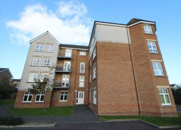 Thumbnail 2 bed flat for sale in Hutchison Way, Kirkcaldy