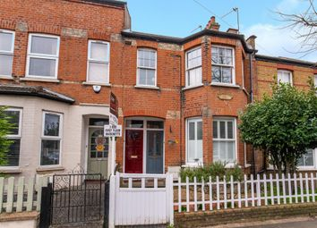 3 bed maisonette for sale in Dale Grove, London N12