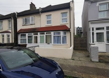 Victoria Road, Essex IG11. 3 bed end terrace house