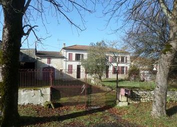 Thumbnail 3 bed property for sale in Gemozac, Charente-Maritime, France