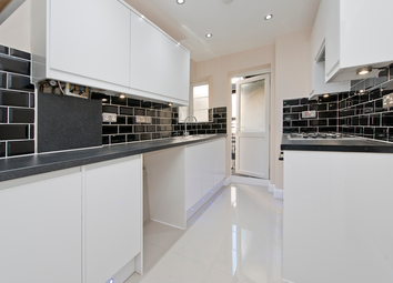 Thumbnail 2 bed flat for sale in London Road, Thornton Heath