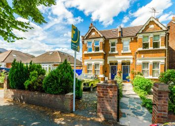 Thumbnail 2 bedroom flat for sale in The Avenue, Chingford