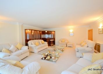 Thumbnail 5 bed detached house to rent in Carlton Close, Edgware, London