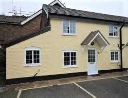 Thumbnail 1 bed semi-detached house to rent in Crawley Road, Horsham