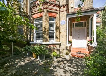 Thumbnail 6 bed property to rent in Berkeley Place, London