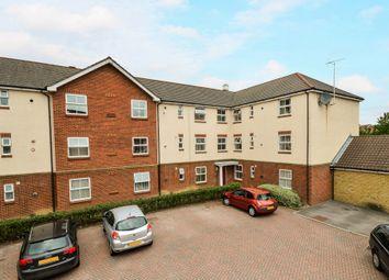 Thumbnail Flat for sale in Angus Drive, Ashford, Kent
