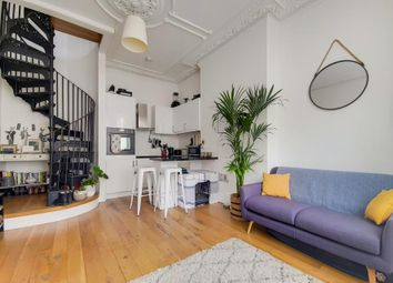 Atherfold Road, London SW9. 1 bed flat for sale