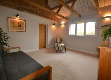 Thumbnail 1 bed bungalow to rent in Benthill Barn, London Road, Buckingham