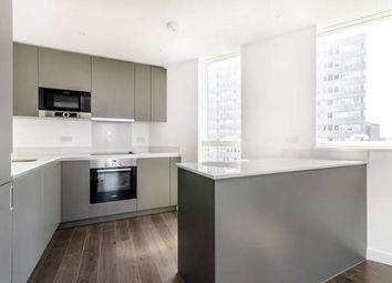 Pinnacle Apartments, 11 Saffron Central Square, Croydon, Surrey CR0. 2 bed flat for sale