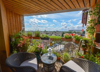 3 bed flat for sale in 74 Fore Street, London N18