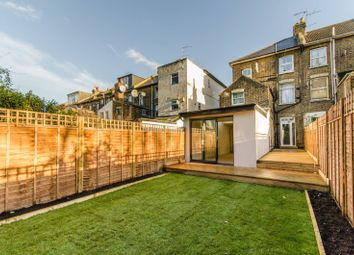 2 bed flat for sale in Lichfield Road, Cricklewood, London NW2