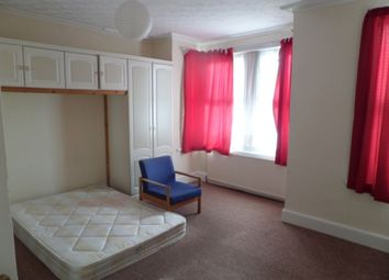 Thumbnail 4 bed detached house to rent in Gordon Road, Hounslow
