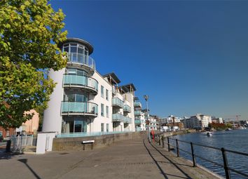 Thumbnail 3 bed flat to rent in Harbourside, Hotwells, Bristol