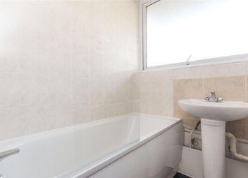 Room to rent in Harrow Road, London W2