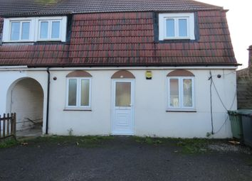 3 bed property to rent in Elliman Avenue, Slough SL2