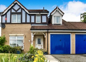 Thumbnail 4 bedroom detached house for sale in Garden Mill Place, Dundee