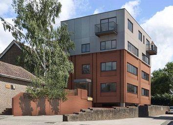 151 London Road, East Grinstead, West Sussex RH19. 1 bed flat