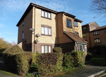 1 bed flat to rent in Conway Gardens, Grays RM17