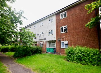 Thumbnail 2 bedroom maisonette to rent in Clopton Green, Basildon