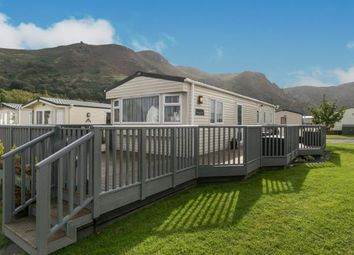 2 bed mobile/park home for sale in Birkdale, Conwy, Gwynedd, North Wales LL32