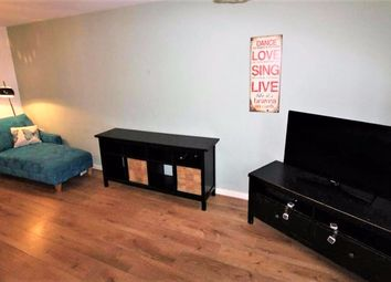 3 bed semi-detached house to rent in Kingfisher Close, Coventry, West Midlands CV2