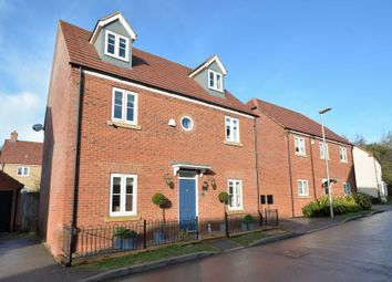 5 bed detached house for sale in Temple Crescent, Oxley Park, Milton Keynes MK4