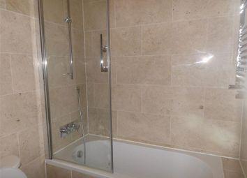 Thumbnail 1 bedroom flat to rent in 1 Bedroom Apartment, Regent Street, Petersfield, Cambridge