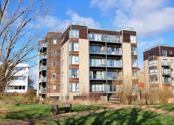Thumbnail 2 bed flat to rent in Fitzgerald Place, Cambridge