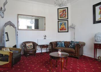 Thumbnail 1 bedroom flat for sale in Kirkley Cliff Road, Lowestoft