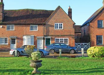 Aylesbury End, Beaconsfield HP9. 3 bed cottage for sale