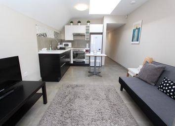 Thumbnail 1 bed flat to rent in Millway, Mill Hill, London