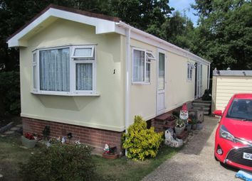 Thumbnail 2 bed mobile/park home for sale in Merrywood Park (Ref 5975), Ashurst Drive, Boxhill, Nr Dorking