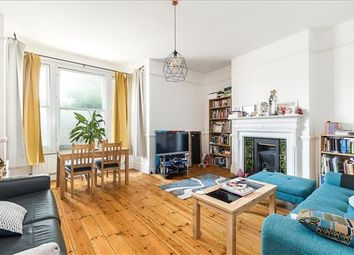 2 bed flat for sale in Cavendish Road, Clapham, London SW12