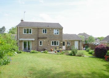 Thumbnail 4 bed detached house for sale in Oakfield Avenue, Chesterfield