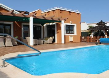 Thumbnail 4 bed villa for sale in Las Cascadas, Caleta De Fuste, Canary Islands, Spain