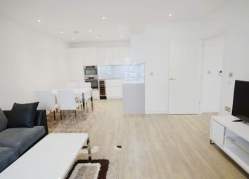 Thumbnail 2 bed flat to rent in 62 Wansworth Road, London