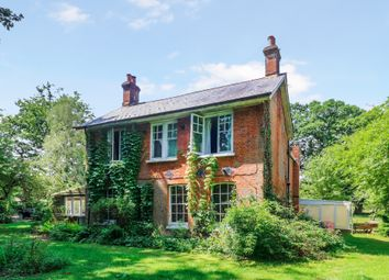 Thumbnail Studio to rent in Marylands, Ifield Wood, West Sussex