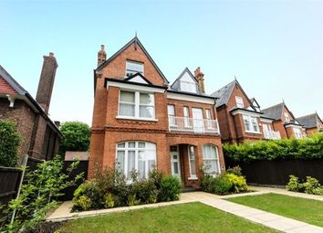 Thumbnail 1 bed flat to rent in Helena Road, London