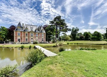 Thumbnail 16 bed villa for sale in Ver Sur Mer, Ver Sur Mer, France